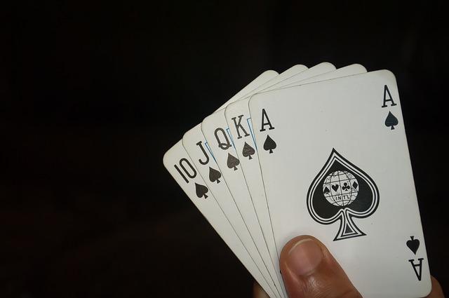 poker-game-264599_640